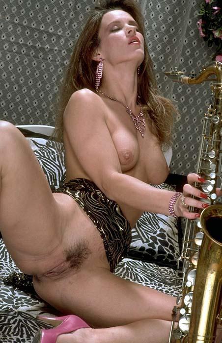 Raven vintage porn actress nude