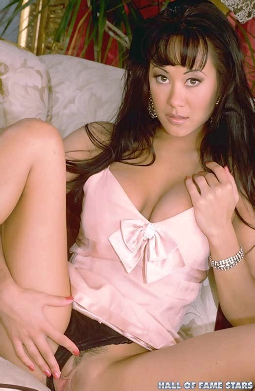 Asia Carrera spreads her pussy and posing naked!! Enter Hall Of Fame ...: www.formerpornstars.com/asia-carrera/pussyabg.html